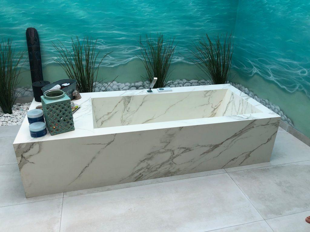 Bañera de Neolith Calacatta Silk